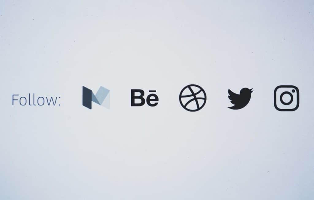 Logos of social bookmarking and social sharing websites